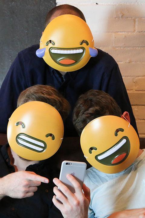 emojimasks_tz.jpg