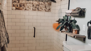 How to make a tiny master bath functional