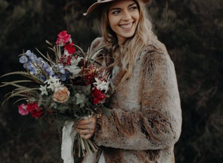 6 Trendy Fall Fashion Ideas to Style Your Wedding Look