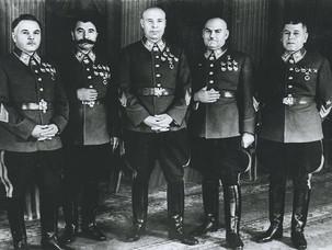 """Маршалы поражений: как """"отличились"""" высшие чины Красной армии в 1941 году? Часть I"""