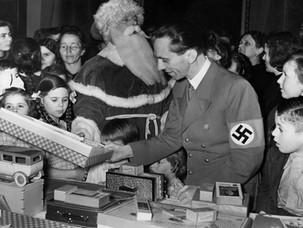 Как встречали свой последний Новый год соратники Гитлера?