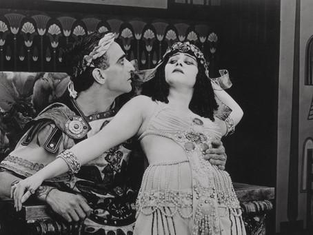 Они говорили языком тела: секс-символы немого кино