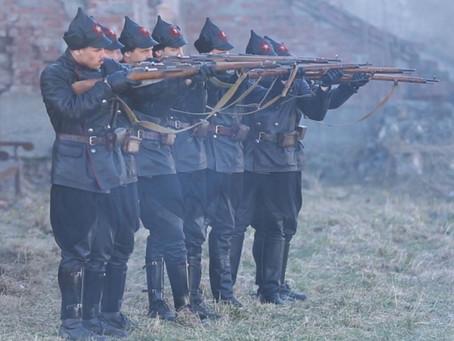 «Расстрелять каждого десятого»: как строилась дисциплина на заре Красной армии