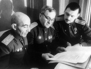 Сколько Михалков получил за гимн СССР и как Сталин «вылечил» его от заикания