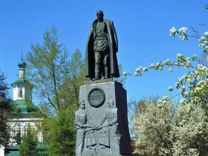 Достоин ли Колчак памятника?