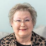 Carolyn Knight.jpg