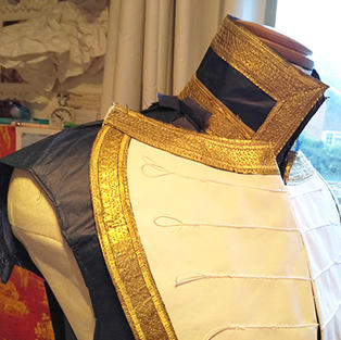 And gold trim runs along all of the edges.