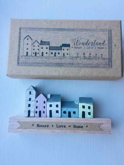 'House, Love, Home' Wooden Decoration