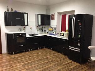 Кухня черный мталлик