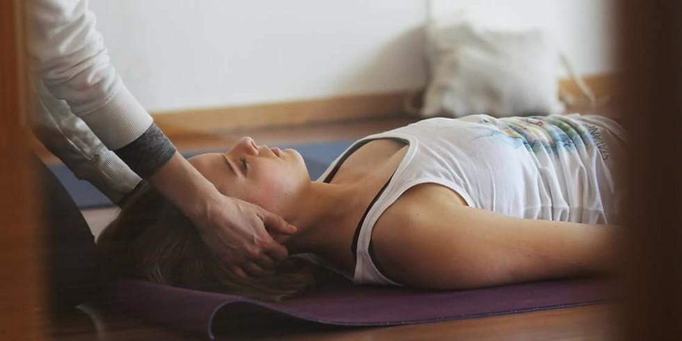 Restorative Yin Yoga med Yoga Nidra