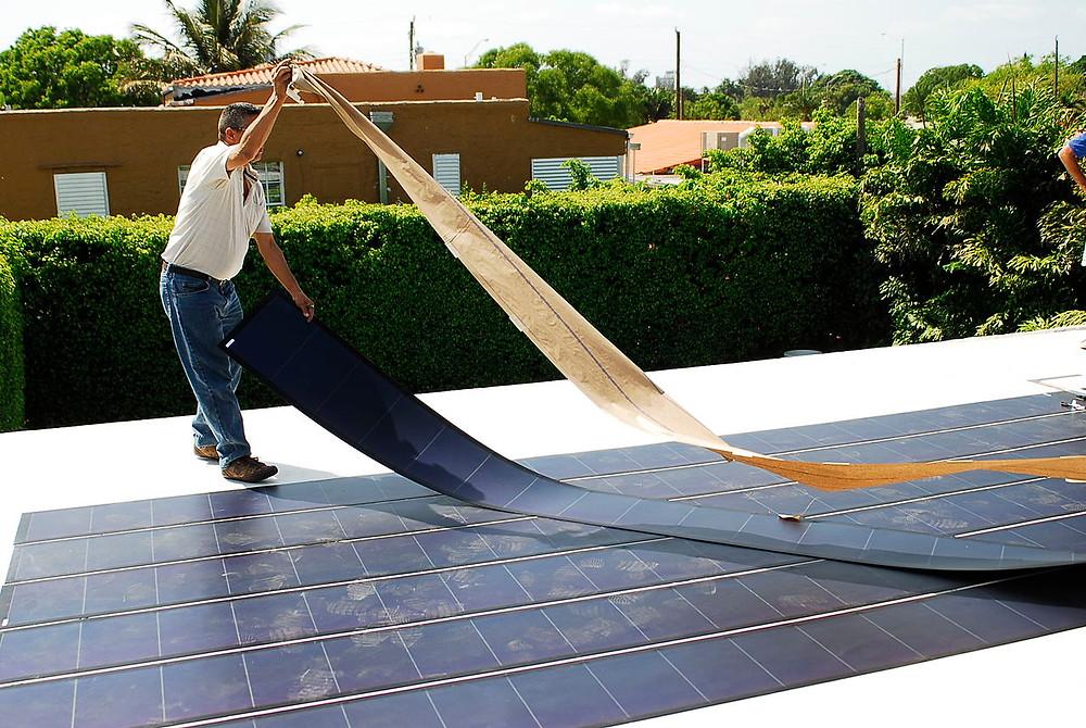 Thin-film solar panel