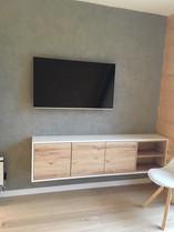 pokój - ściana z betonu