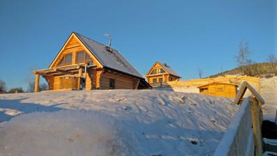 dom widok zimowy