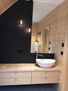 dom z bli - łazienka - umywalka nablatowa