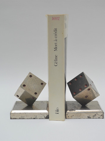 Pair of bookends - dices.JPG