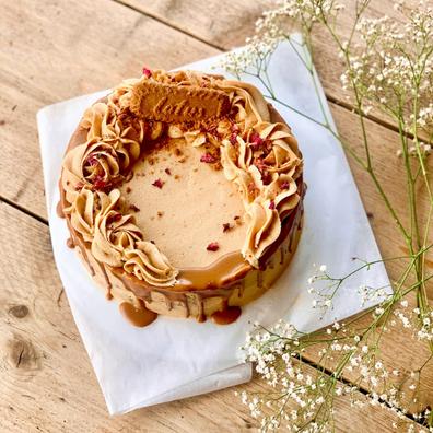 Sticky Toffee & Biscoff Cake (vegan)