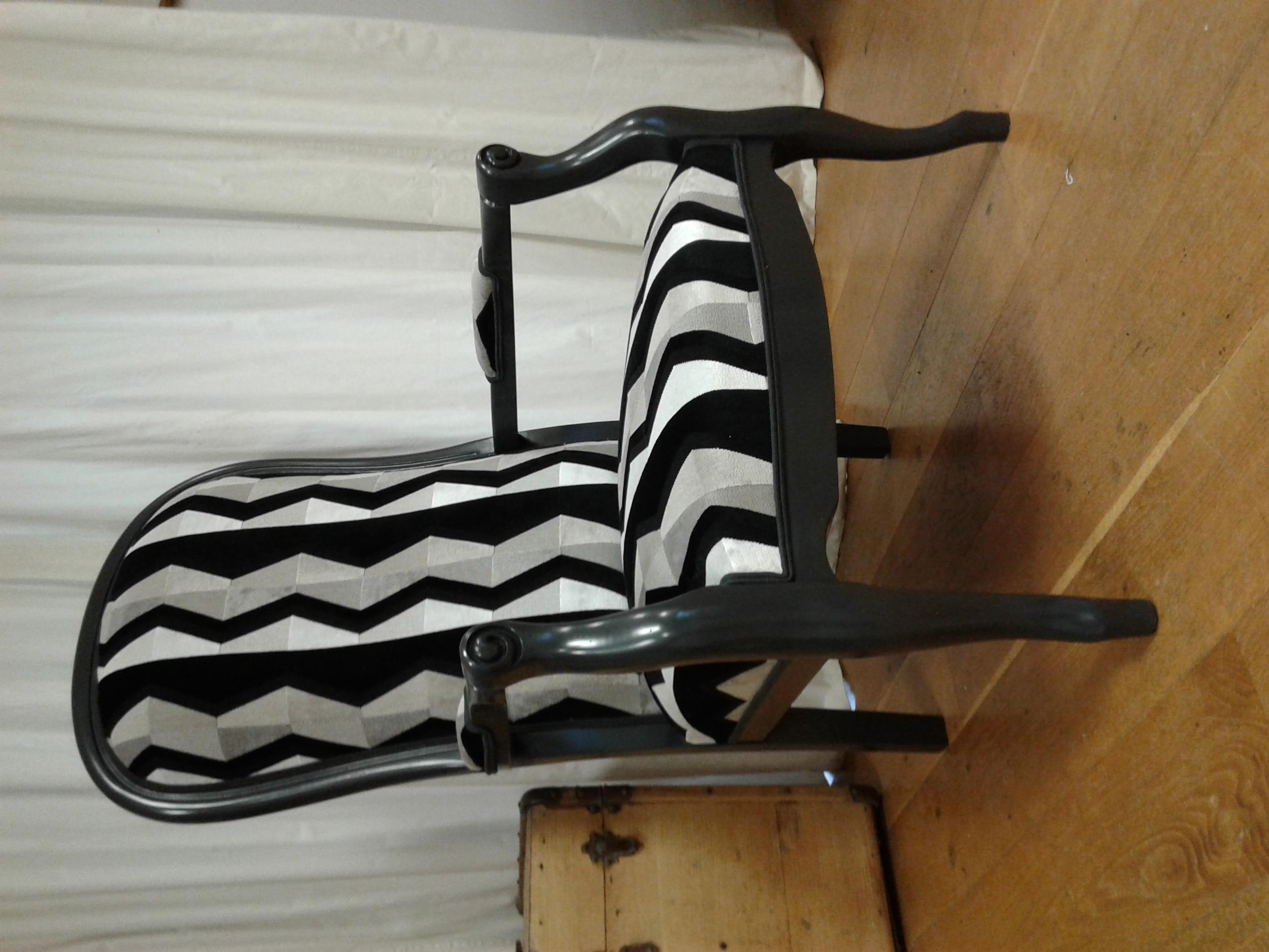 fauteuil_Voltaire_peinture_réalisée_à_l'atelier
