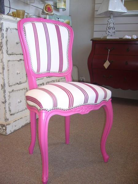 Chaise de style Louis XV laquée