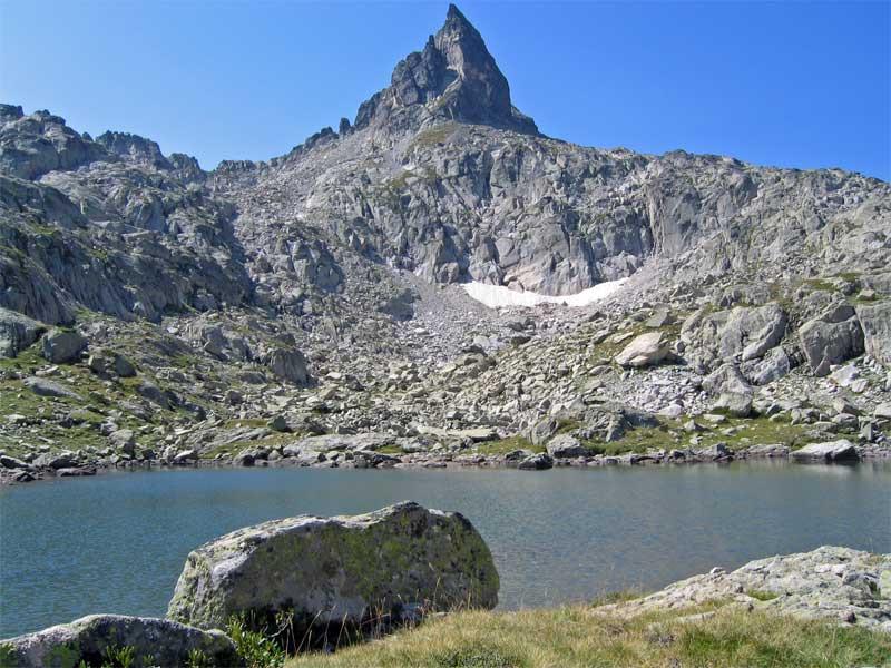 Lacs des Pyrenees.jpg