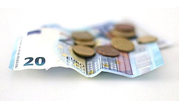 0000 FOTO Senjor Money Q.jpg