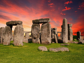 Watch the Summer Solstice Celebration in Stonehenge – Live