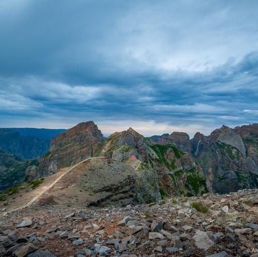Фото: сумерки на Pico Arieiro