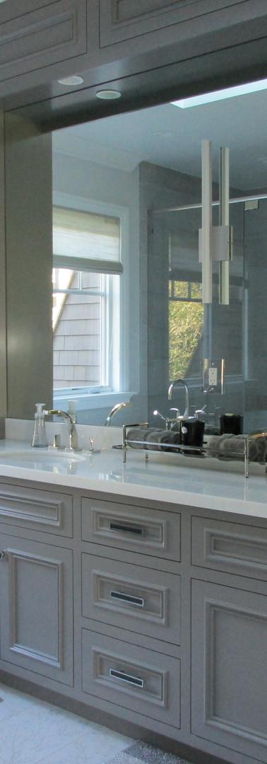 Paint grade master bedroom cabinet..jpg