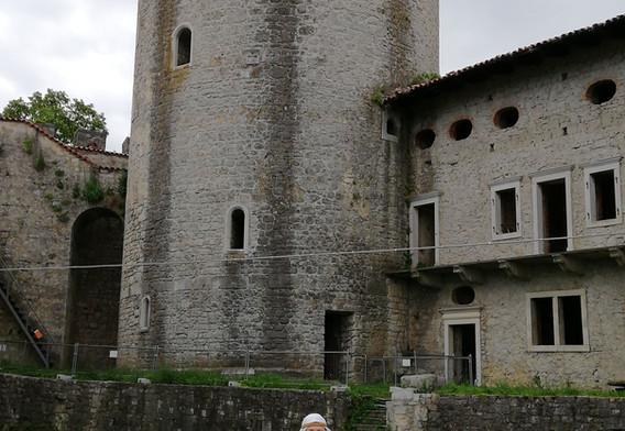 Razgledni stolp