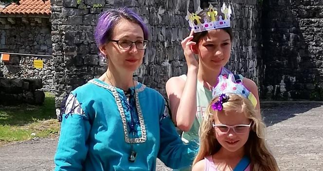 Krone in kraljične