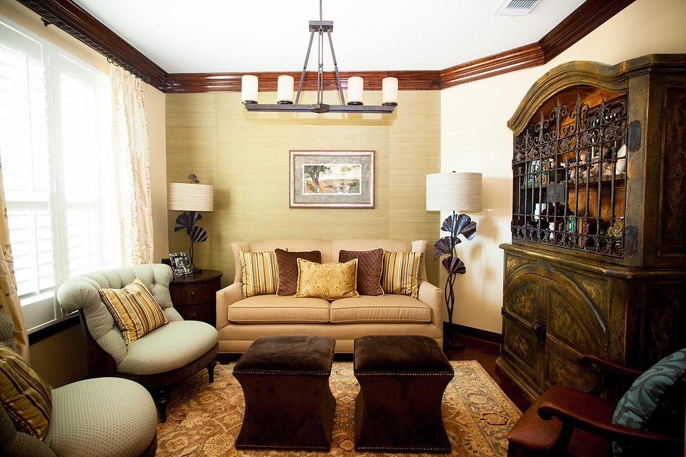 eclectic living room, grasscloth