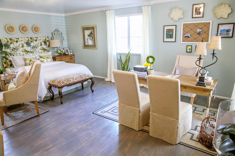 Studio apartment with plywood floor