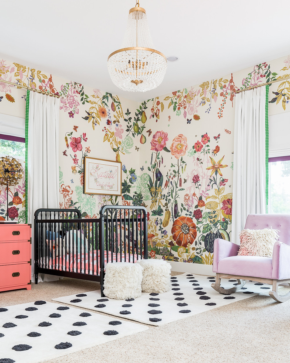 Baby+Room+With+Bold+Wallpaper