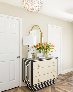 Benjamin Moore Revere Pewter in foyer