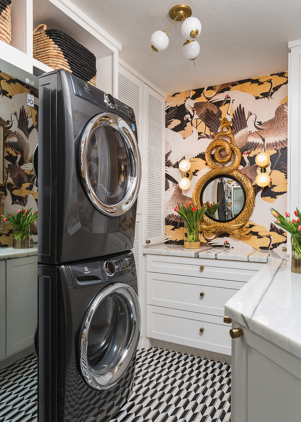 Laundry Room With Crane Wallpaper