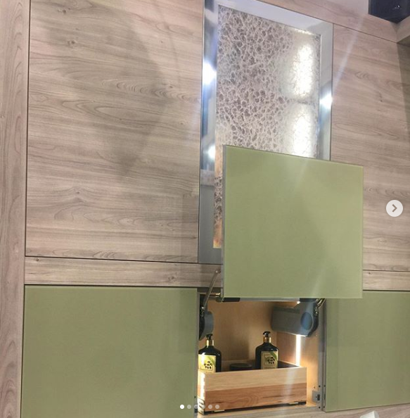 Wellborn cabinet booth at KBIS