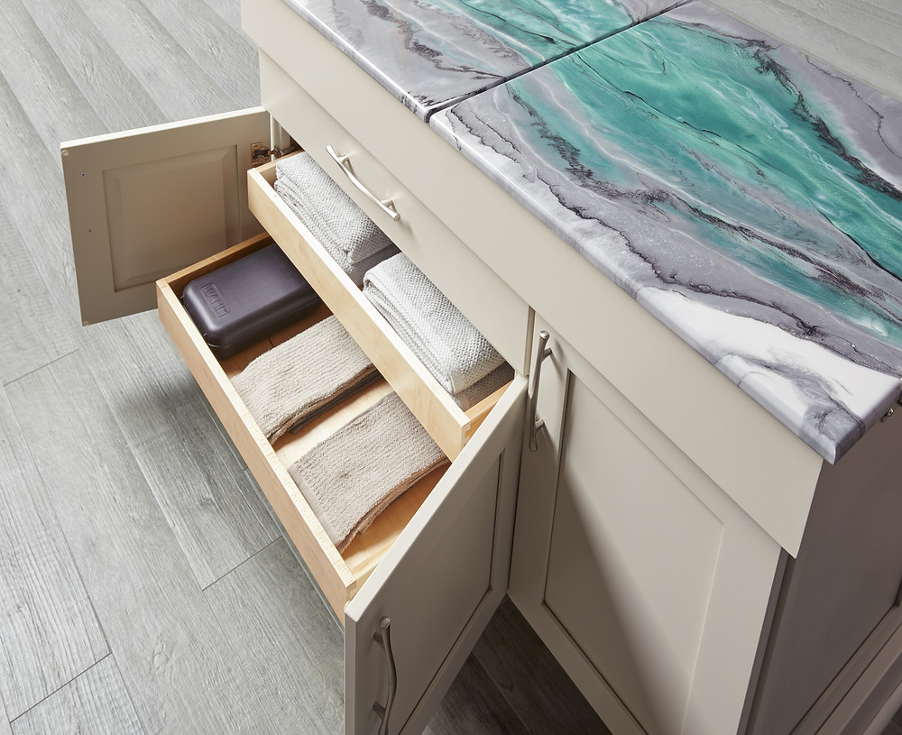 Pull Out trays on island- Wellborn Cabinetry Booth At KBIS 2019