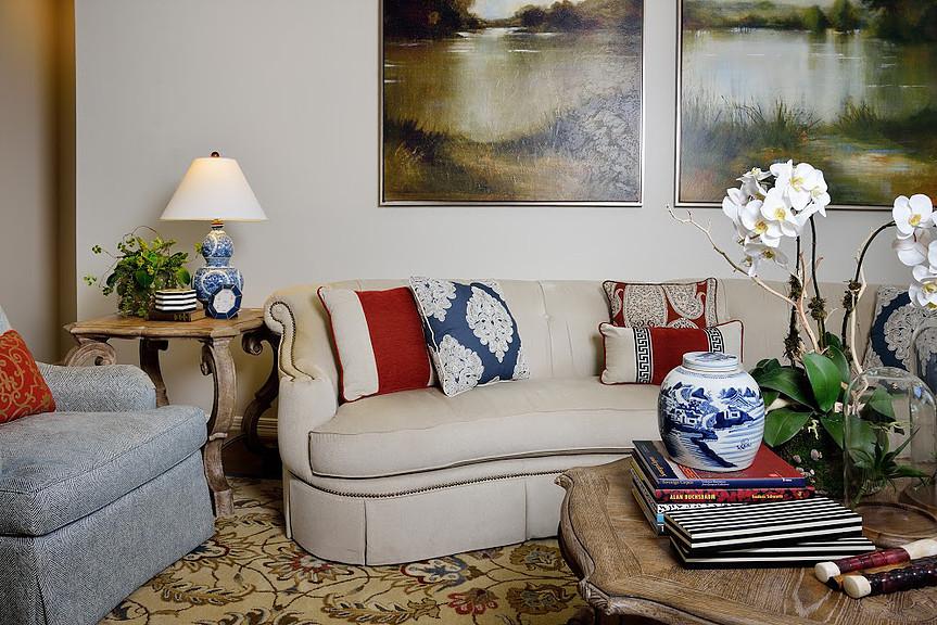 Traditional living room, large artwork