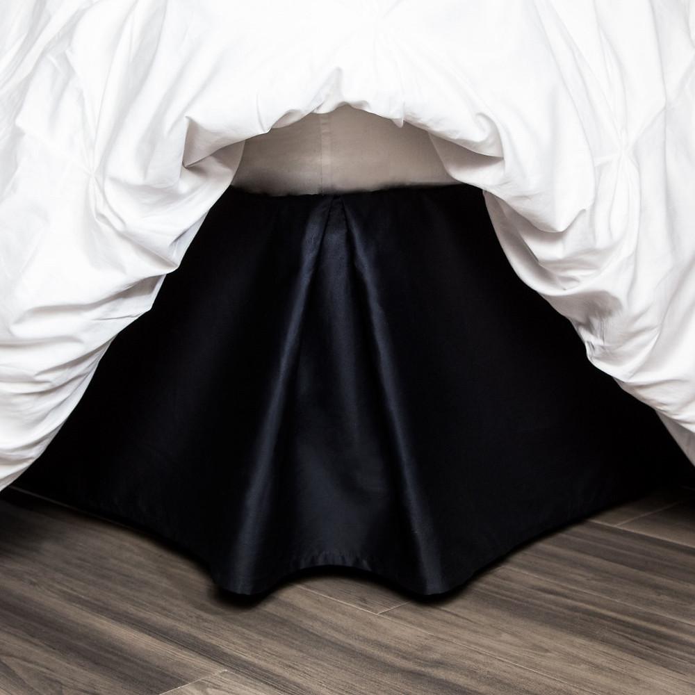 black-bedskirt_-_lp