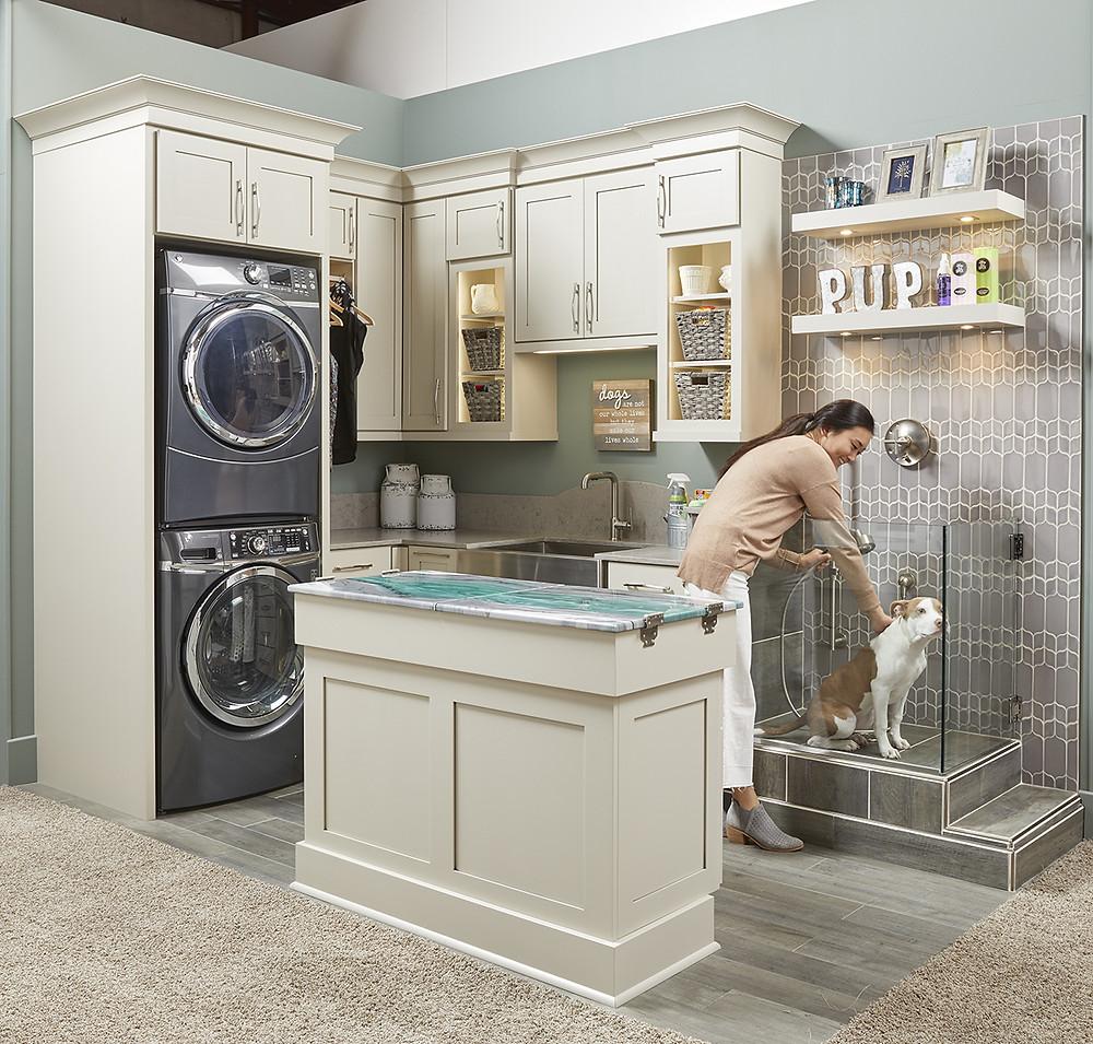 Dog Spa in laundry room by wellborn