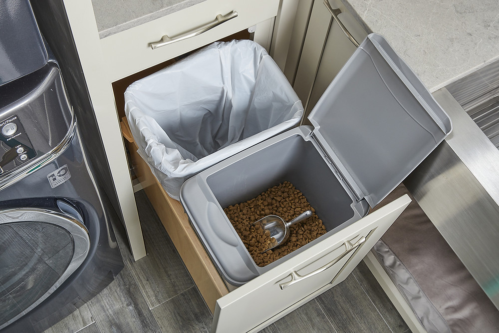 Pull Out Trash Cans Wellborn Cabinetry