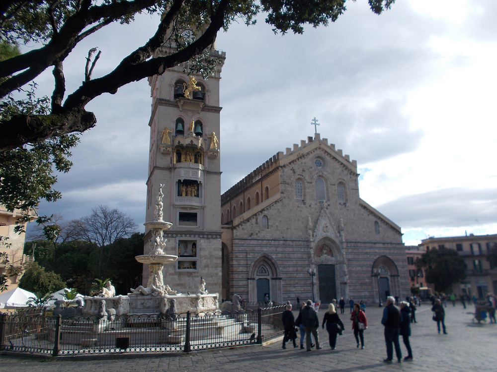 Duomo, Campanile e fontana di Orione