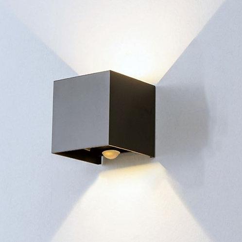 Applique Murale cube Haut / Bas noire avec détecteur