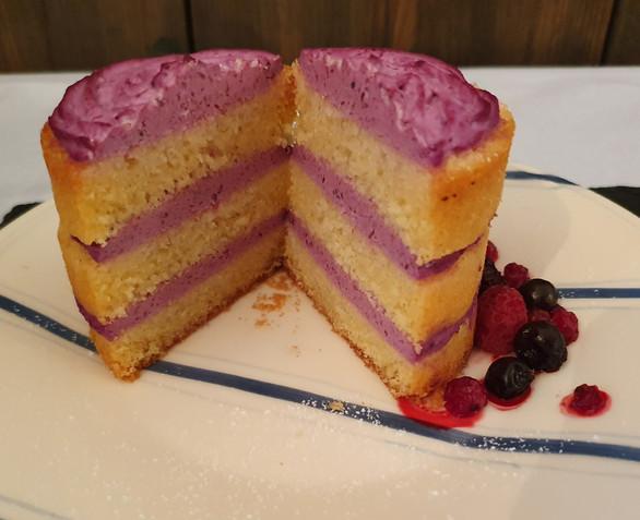 Vanillekuchen mit Beeren-Quark-Creme