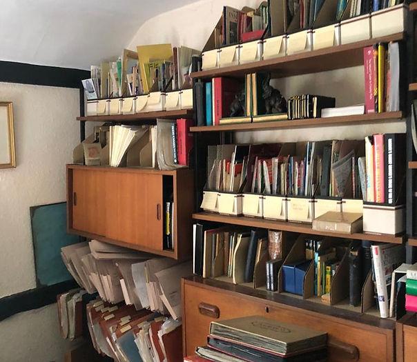 Study clearance, books, Shelfs and folders