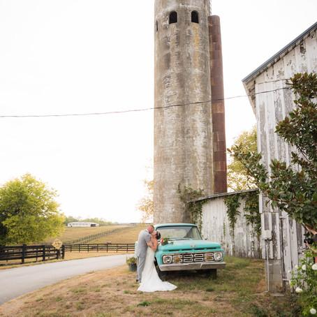 Katie and Eric , The Ashley Inn, Lancaster Kentucky Wedding Photographer