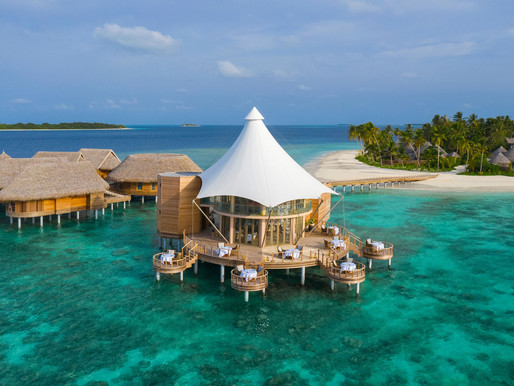 THINK THE MALDIVES IS ONLY FOR HONEYMOONS, WRONG!  THINK AGAIN.