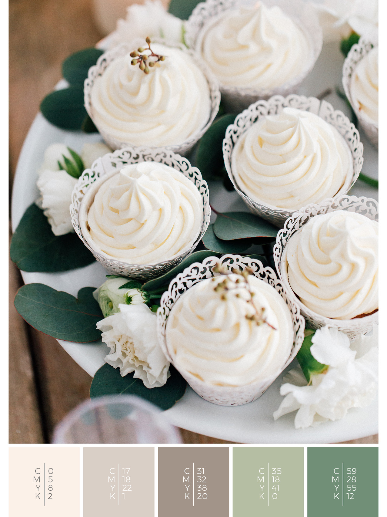 "The wedding sweets of the wedding mood board ""White Romance"" fits to a color scheme palette in shades of white."