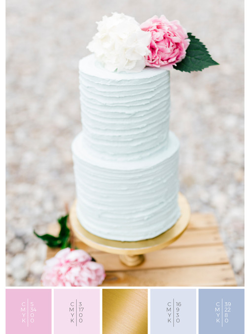 "The wedding cake of the wedding mood board ""Romantic River"" fits to a color scheme palette in shades of pink and blue."