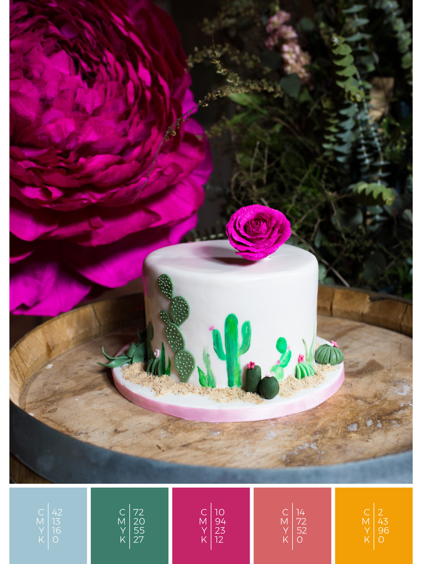 "The wedding cake of the wedding mood board ""Mexican Magic"" fits to a color scheme palette in shades of pink and orange."