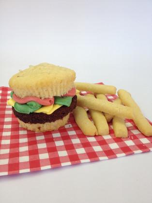 Burger and Chips cupcake
